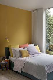 chambre jaune moutarde les coloris à associer clemaroundthecorner