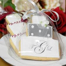 favor cookies wedding cookie favors will make you look like one smart cookie