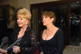 nude carrie fisher debbie reynolds dies at 84 day after daughter carrie fisher dies