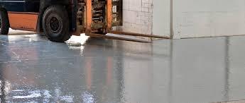 liquid epoxy resin flooring waxed concrete look high