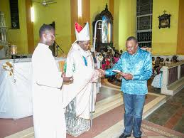 uhuru calls for peace at christmas prayers in mombasa the star