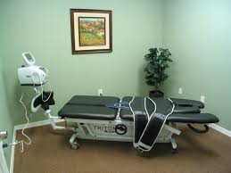 what is a traction table physical therapists in wesley chapel and land o lakes brookline
