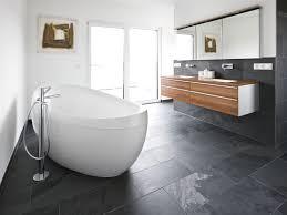 Wohnzimmer Grau Weis Bad Grau Gefliest Haus Design Ideen