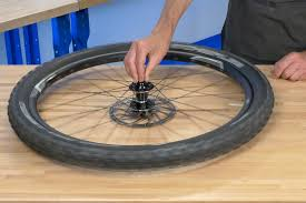 Do Car Tires Have Tubes Tubeless Tire Removal And Installation Park Tool