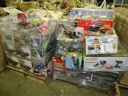 load arrive weekly w mart store general merchandise pallets