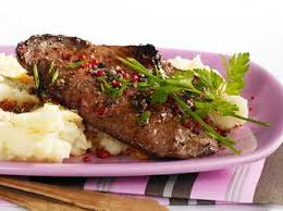comment cuisiner du foie de boeuf foie de veau au vinaigre de xérès facile recette sur cuisine actuelle
