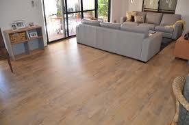 laminate plank flooring vs idolza