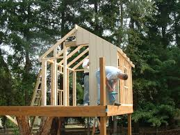 pictures of tree houses and play houses from around the world