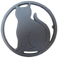 amazon com black cat metal trivet with feet for kitchen or dining