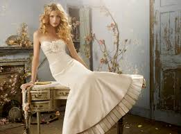 ivory wedding dresses ivory wedding shoes the companion to that stunning