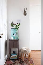 furnitures rustic entryway idea with rustic chairs under white
