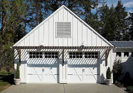 Garage Door Curb Appeal - how to choose the right style garage for your home freshome com