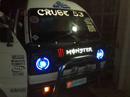 koenigsegg pakistan almost every suzuki carry hiroof in pakistan not sure if funny or