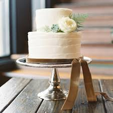 wedding cake on a budget 5 tips for buying wedding cakes on a budget martha stewart weddings