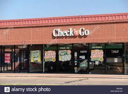 cashing stock photos u0026 cashing stock images alamy