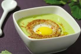 cuisiner des petits pois recette de crème de petits pois rafraîchie à la mélisse lunette d