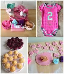 it u0027s a u2013 baby shower cupcakes thirstforfood