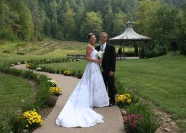 Barn Wedding Tennessee Weddings U0026 Events In The Smoky Mountains Of East Tennessee