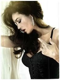 Monica Bellucci Vanity Fair Libera Di Non Sedurre Monica Bellucci By Signe Vilstrup For