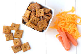 4 ingredient cheesy carrot crackers healthy ideas for