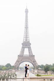photographs of paris anh and jack s romantic paris engagement photographs