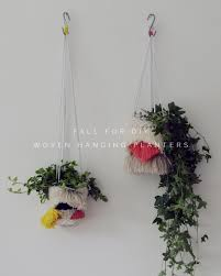 diy woven hanging planters planters yarns and inspiration