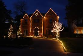 Christmas Lights House by How To Budget For Your Christmas Lights The Outdoor Lighting Expert