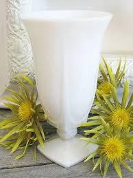 White Glass Vase Vintage 524 Best Milk Glass Images On Pinterest Milk Glass Glass