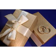 Wedding Gift Gold Etiquette For Wrapping A Wedding Gift Our Everyday Life