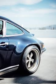 porsche singer blue a quick glimpse into what it u0027s like to own a 911 reimagined by
