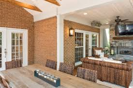 with a screened porch like this you too would be just chillin