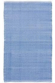 Ikat Indoor Outdoor Rug by Best 25 Blue Outdoor Rug Ideas On Pinterest Blue Patio Navy