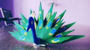 make peacock from popsicle sticks ice cream sticks crafts