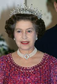 man pearl necklace images Kate middleton borrows queen 39 s pearl necklace once worn by jpg