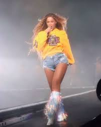 beyonce coachella beychella every single outfit beyoncé wore on stage at coachella