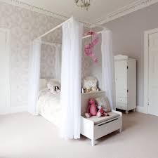 Schlafzimmer Ideen Himmelbett Uncategorized Die Besten 25 Schlafzimmer Lichterkette Ideen Auf