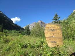 Colorado Vacation Rentals Maroon Bells Colorado Discover Nature U0027s Beauty Along The Trail