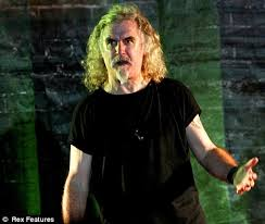 as billy connolly storms off stage after jeers top bbc comic