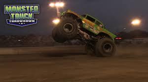 monster truck videos freestyle monster truck throwdown video vault avenger freestyle