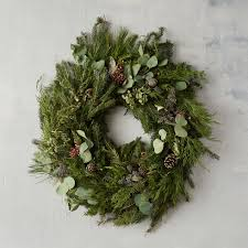 11 best outdoor christmas wreaths for 2017 festive winter