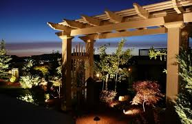 professional landscape lighting design and installation