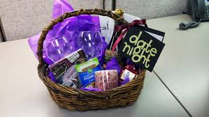 date gift basket ideas wedding shower prize gift basket ideas bridal shower gift