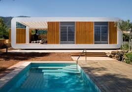 the reemergence of prefabricated homes