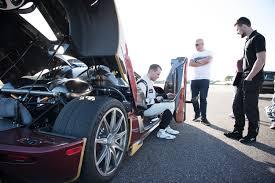 koenigsegg agera rs white koenigsegg agera rs smashes bugatti chiron u0027s 0 400 0km h record w