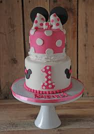 Pink And Black Minnie Mouse Decorations Best 25 Minnie Mouse Birthday Cakes Ideas On Pinterest Baby