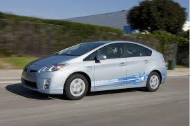 lexus best gas mileage 2011 audi q7 vs 2011 lexus rx 450h the car connection