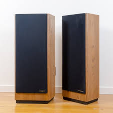 Bose 901 Pedestal Speaker Stands Bose 901 Series Iv Speakers And Tulip Stands Ebth