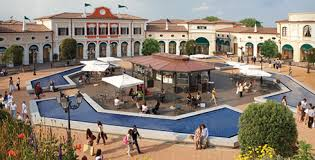 designer outlet italien outlets in italy the best deals for fashion shopping