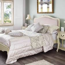 Colonial Style Bedroom Furniture Uk Only Shabby Chic Bedrooms Add Shabby Chic Touches To Your Bedroom