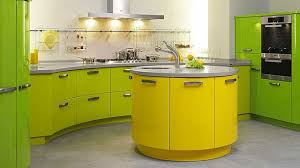 cuisine jaune et verte cuisine provencale jaune et verte idées novatrices d intérieur
